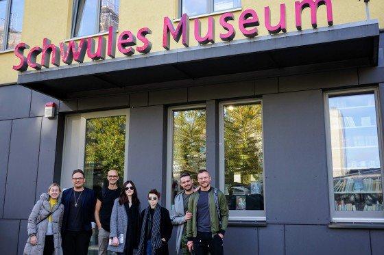 """Przed """"Schwules Museum"""" w Berlinie"""