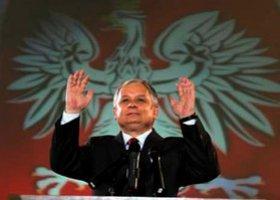 Gej z orędzia chce się spotkać z Lechem Kaczyńskim