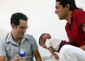Izrael: Ojciec gej na urlopie rodzicielskim