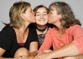 Matki lesbijki pełnoprawnymi rodzicami