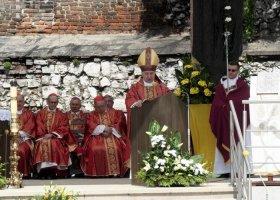 Biskupi straszą związkami partnerskimi