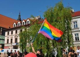 Kraków: poseł PiS-u nie chce tęczowej flagi na Brackiej
