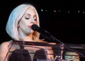 Lady Gaga, parada i hymn (wideo)