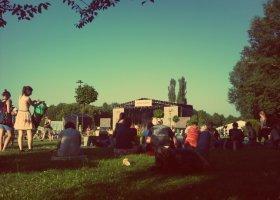 PJ Harvey, Drake i OFFowe wspomnienia