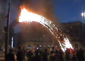 Spalona tęcza i burdy w Warszawie