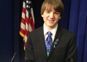 16-letni naukowiec-gej nagrodzony przez Watykan
