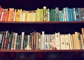 Kto w Polsce czyta książki?