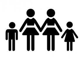 Sąd odmawia wydania aktu urodzenia córeczce dwóch kobiet