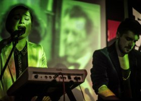 Divines: muzyka musi mieć w sobie histerię