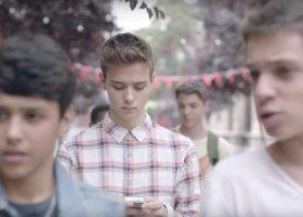 Nastoletnia gejowska miłość i prawdziwa przyjaźń