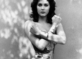 Wonder Woman walczy o równość małżeńską
