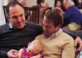 USA: gejowskie rodziny w reklamach na święta