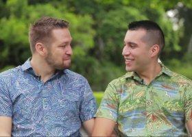 Hawaje reklamują się gejowskim ślubem niespodzianką