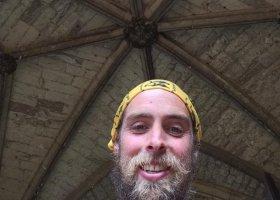 Przebiegł 401 maratonów, zebrał pieniądze na walkę z homofobią