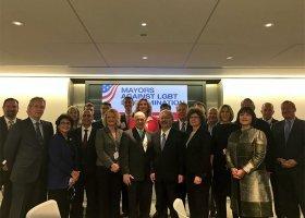 Ponad 170 burmistrzów przeciwko dyskryminacji LGBT