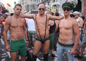 Połowa gejów i biseksualnych mężczyzn nie jest zadowolona z wyglądu