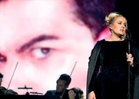 Adele, transpłciowość i polityka