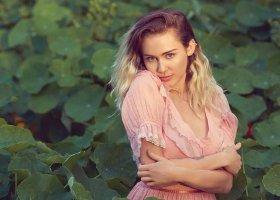 Panseksualna Cyrus zapowiada nowy singiel