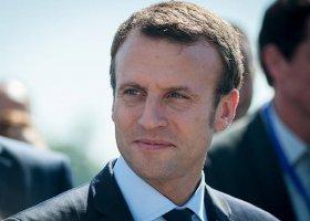 Macron: nie jestem gejem ani żigolakiem