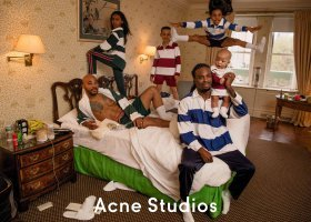 Tęczowa rodzina w reklamie ciuchów