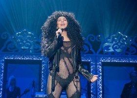 Cher, Meryl Streep i piosenki Abby