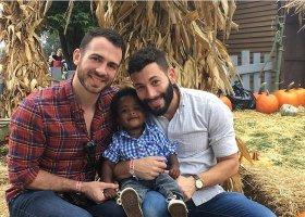 To dyskryminacja krzywdzi dzieci, a nie rodzice LGBT