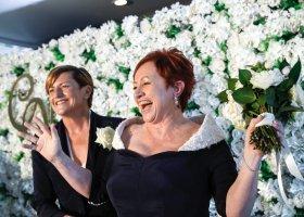 Były premier, Tony Abbott, na ślubie siostry lesbijki