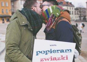 Będą popierać związki w Warszawie
