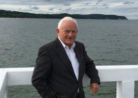 Miller: związków prędko w Polsce nie będzie