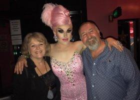 Jak ojciec bronił syna drag queen przed homofobami