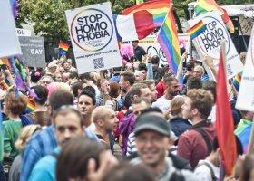 Nie trzeba być LGBTQ, żeby być przeciwko homofobii