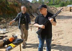 """Wykładowca UG chciał strzelać do """"lovparady""""?"""