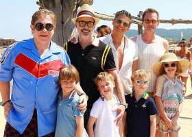 Wspólne wakacje rodzin Eltona Johna i Neila Patricka Harrisa