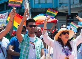 Nowa konstytucja Kuby zmienia definicję małżeństwa