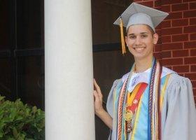 Nauczycielka zebrała 47 tysięcy dolarów na studia dla geja