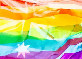 Australia: 3 lata więzienia za homofobię i transfobię