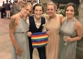 Lesbijka po ślubie daje radę sobie z przeszłości