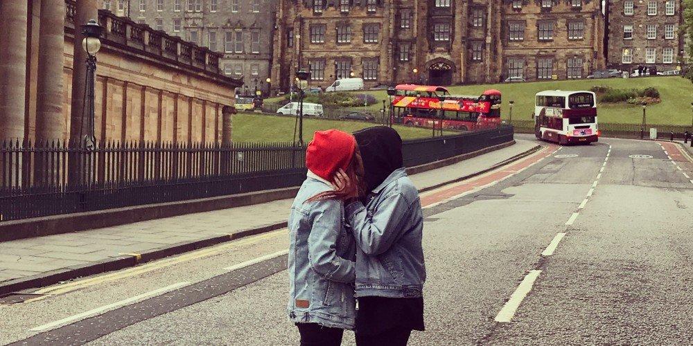 Pary LGBT: dziubas, może założymy sobie razem Insta?