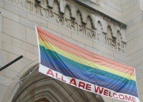Katolicy chcą zmiany nastawienia Kościoła do LGBTQ?