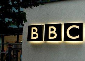 """BBC będzie walczyć z """"heteronormatywną kulturą"""""""