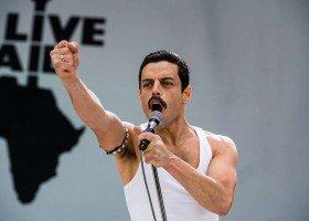 """Rami Malek chciał, by w """"Bohemian Rhapsody"""" pokazano związki Freddiego"""