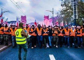 Warszawa dołącza do Wrocławia: Marsze Niepodległości zakazane