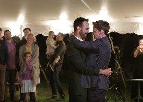 Niesamowity pierwszy taniec gejowskiej pary (wiral)