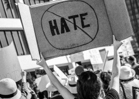 Polacy są zgodni: mowa nienawiści to ważny problem