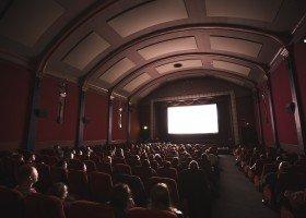 Radny PiS przeciwny wyświetlaniu filmów niemieckich i o LGBTQ