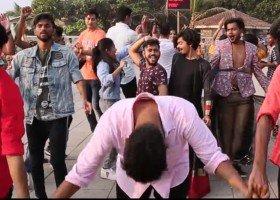 Tancerki i tancerze LGBT z Mumbaju zachwycili ludzi z całego świata
