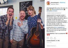 Taylor Swift zaskoczyła parę panów na imprezie zaręczynowej