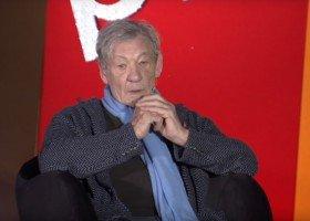 Ian McKellen przeprasza za słowa o przyczynach molestowania
