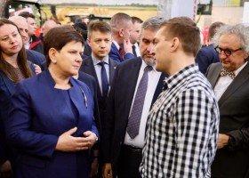 Beata Szydło chce bronić dzieci w Krakowie