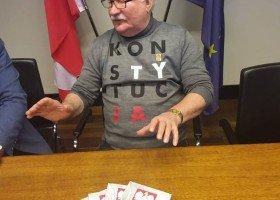 Wałęsa przeprasza za swoje słowa o LGBT